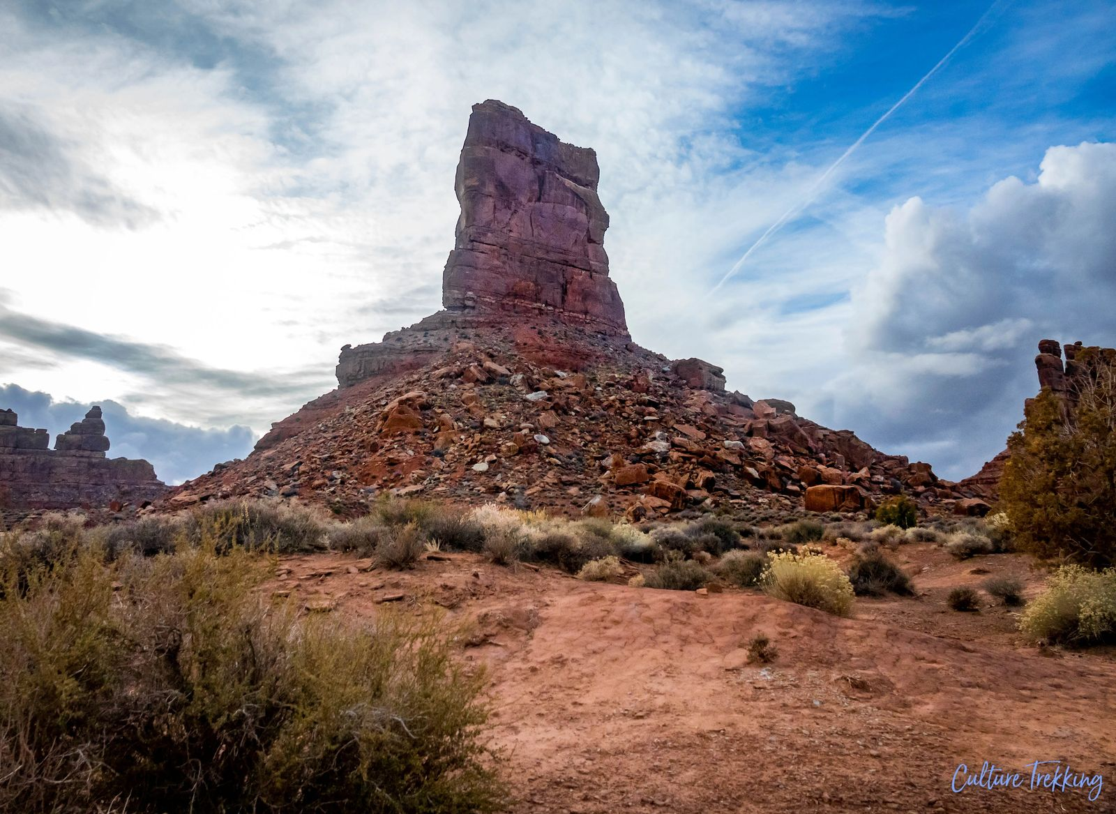 southern Utah hidden gems valley of the gods mountain