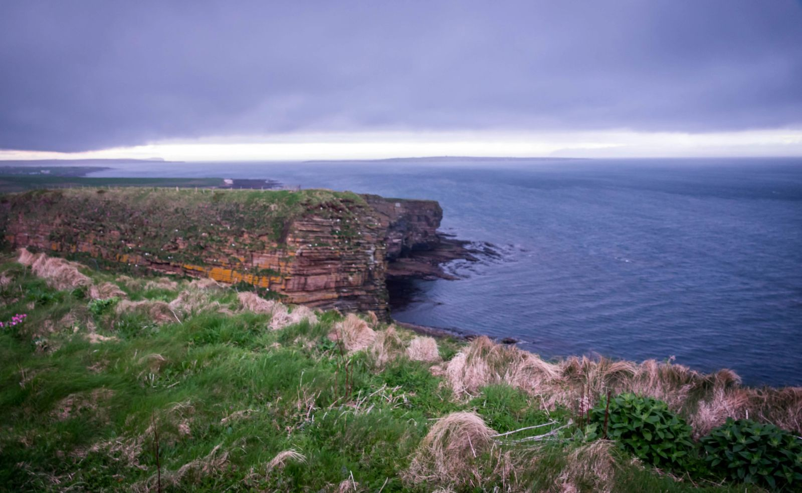Sinclair Girnigoe Castle in Scotland - Culture Trekking - #SinclairGirnigoeCastle #Scotland #NC500Coastline